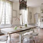 En fransk lantlig inredning är en populär inredningsstil.